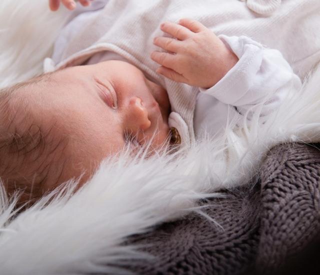 Babyfoto Newborn Bilder Eichstätt und Weißenburg in Bayern