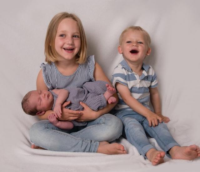 Geschwisterbilder mit Baby Eichstätt