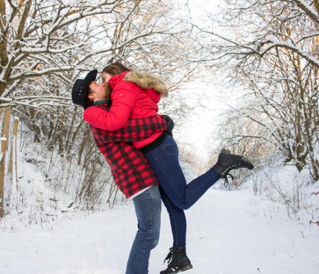 Schneeshooting Pärchenshooting im Winter Eichstätt
